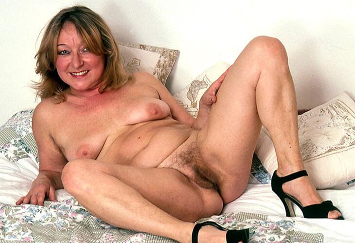 Live Sex Chat wo alte geile Frauen nackt sind